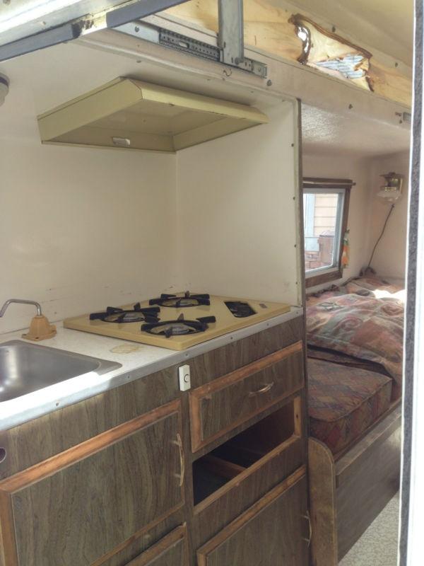 169 best light weight travel trailers images on pinterest camper camper trailers and caravan. Black Bedroom Furniture Sets. Home Design Ideas