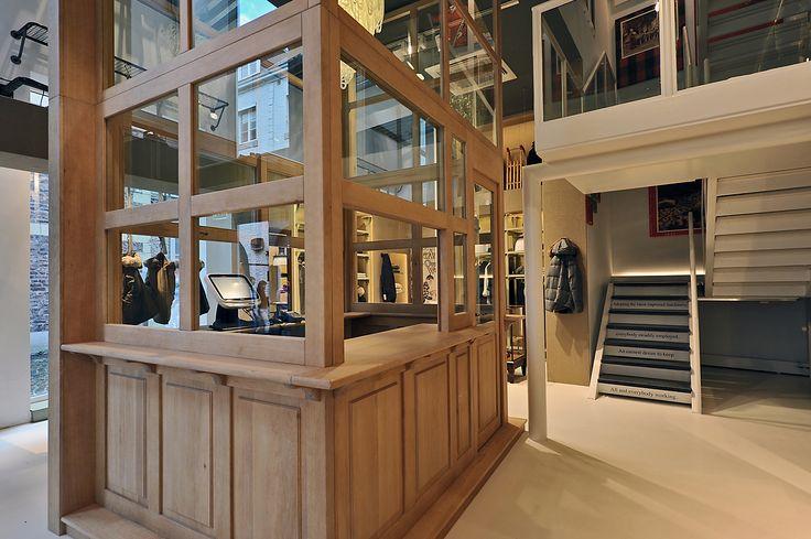 ORVETT per WP / WP STORE / Maastricht / 2012 / Esprimiamo i valori del vostro brand realizzando spazi iconici.
