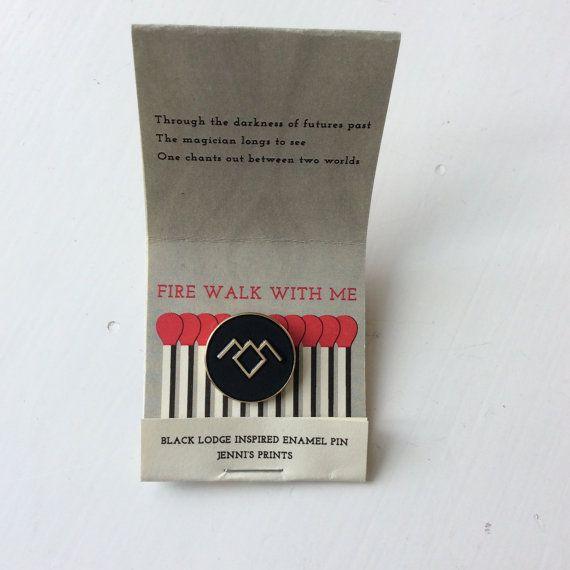 Twin Peaks inspired Black Lodge replica fan pin David Lynch Cooper Audrey Laura Palmer Damn Fine Coffee Owl 90s tv-show