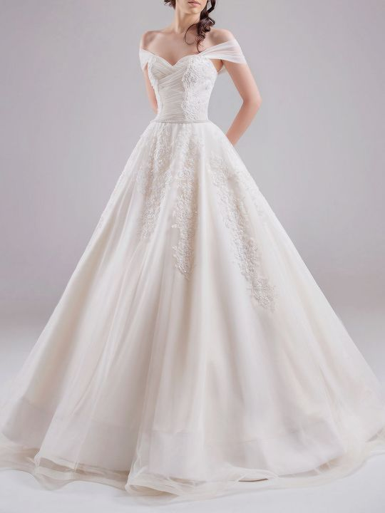 Chrystelle Atallah bridal couture 2015- EVERYTHING i want in a future wedding dress.