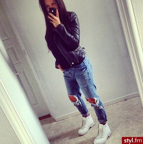 great outfit with white timberland boots