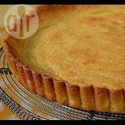 Massa podre para torta @ allrecipes.com.br - Essa massa podre serve tanto para tortas doces quanto salgadas. Você pode fazer mais e congelar a massa, se quiser.