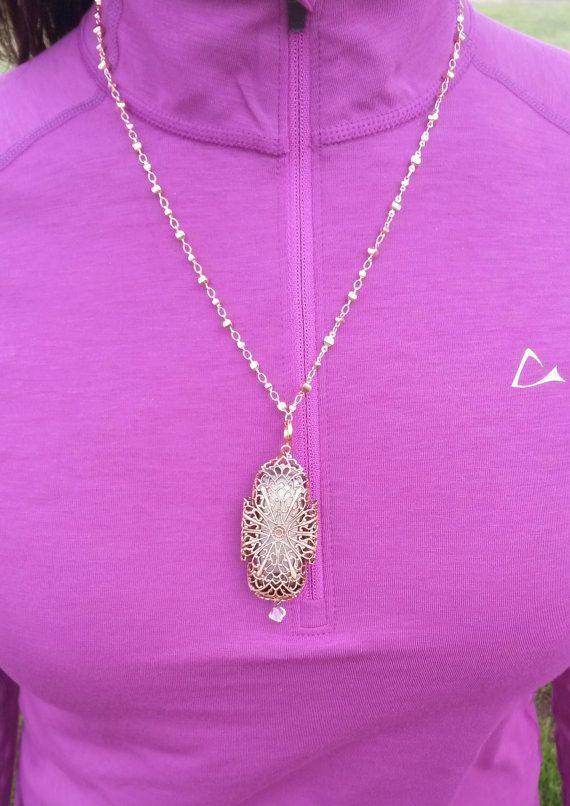 fitbit one necklace