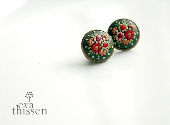 Flower Moon. Retro chic and simple handmade earstuds by EvaThissen, €25.00