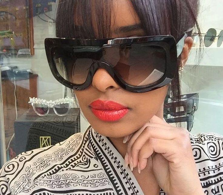 Ebony sandy with sexy glasses