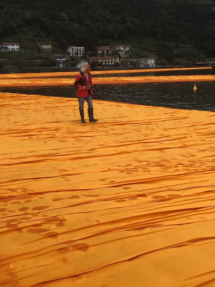 Christo's first walk on the complete #TheFloatingPiers on lake Iseo. We are coming! Pictures by Brescia Oggi