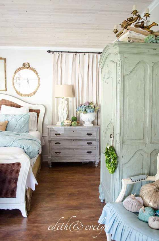 1000 Ideas About French Country Bedrooms On Pinterest Country Bedrooms French Country And 5
