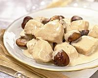*Testée* - Blanquette de dinde aux marrons en sauce crème et vin blanc. Recette très goutue, parfaite pour une soirée d'hiver et encore meilleure le lendemain. A servir avec du riz