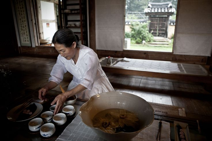 Historic Hanok Owner A Falun Gong Rights Advocate
