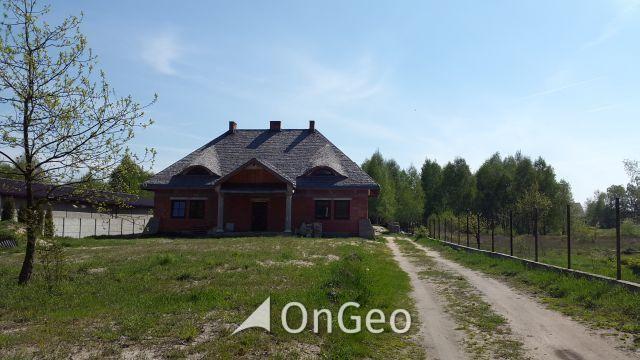 Sprzedam dom /dworek/ w Piastowie gm. Jedlinsk