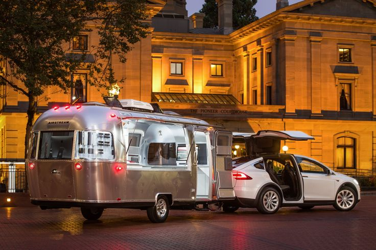 Tesla Airstream - What a beautiful combination.