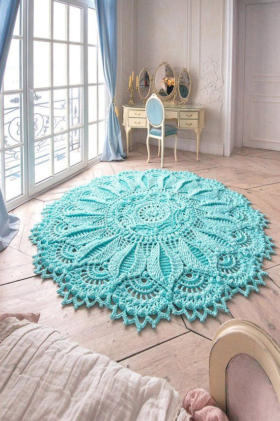 Absolutely stunning round carpet (82 in), doily rug, mint color carpet Shabby chic, rug for the livi