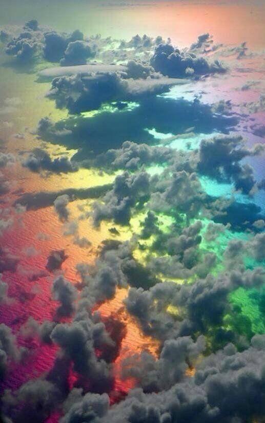ein Regenbogen unter dem Himmel :D