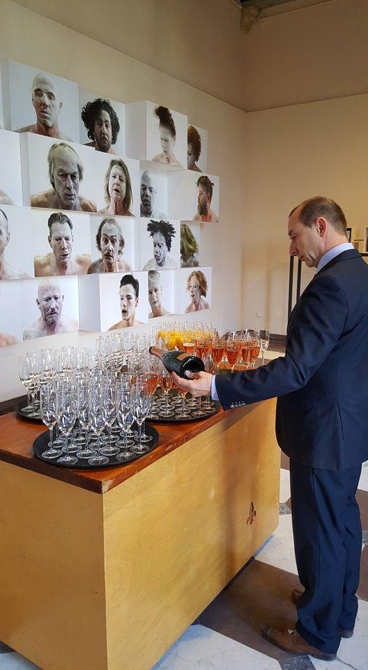 PION verzorgt jullie mooiste dag van A tot Z #bruiloft #wedding #trouwerij #trouwen #jawoord #gezegend #proosten #bubbels #champagne #sprankeling #pionhorecaenpromotie #gastheer