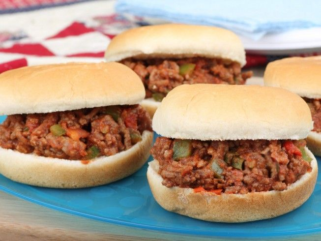 A 5-star recipe for Sloppy Joes for 100 made with ground beef, onions, green bell peppers, celery, brown sugar, brown mustard, ketchup