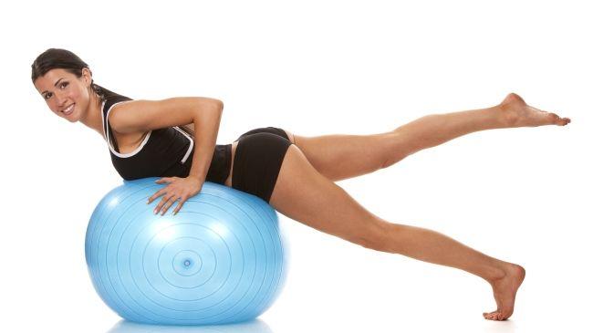 exercicios para bumbum 4 7 exercícios para tonificar o bumbum que você pode fazer em casa