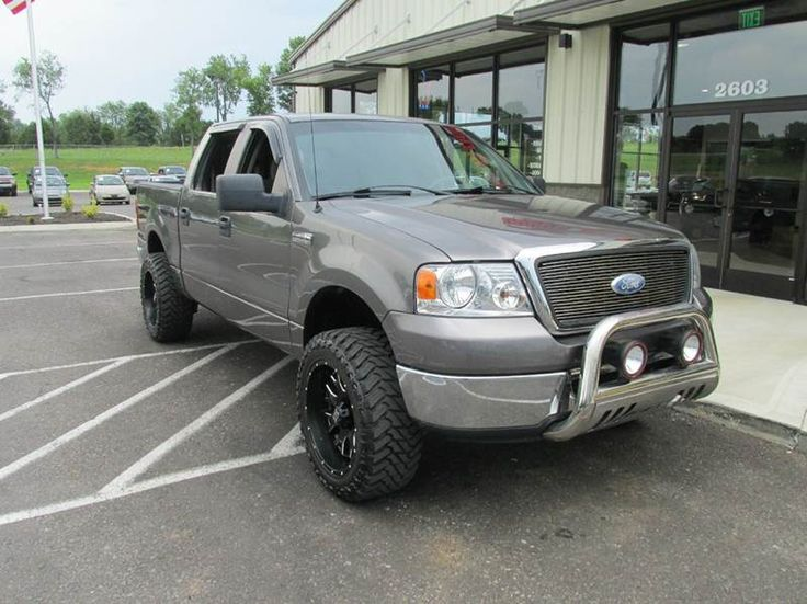 This 2008 Ford F-150 XLT is listed on Carsforsale.com for $9,995 in Pleasant View, TN. This vehicle includes 4wd Selector - Electronic Hi-Lo, 4wd Type - Part Time, Abs - 4-Wheel, Airbag Deactivation - Occupant Sensing Passenger, Antenna Type - Mast, Anti-Theft System - Engine Immobilizer, Auxiliary Audio Input - Jack, Axle Ratio - 3.73, Body Side Reinforcements - Side Impact Door Beams, Cargo Tie Downs, Child Seat Anchors, Clock, Compass, Cruise Control, Crumple Zones - Front, Crumple Zones…