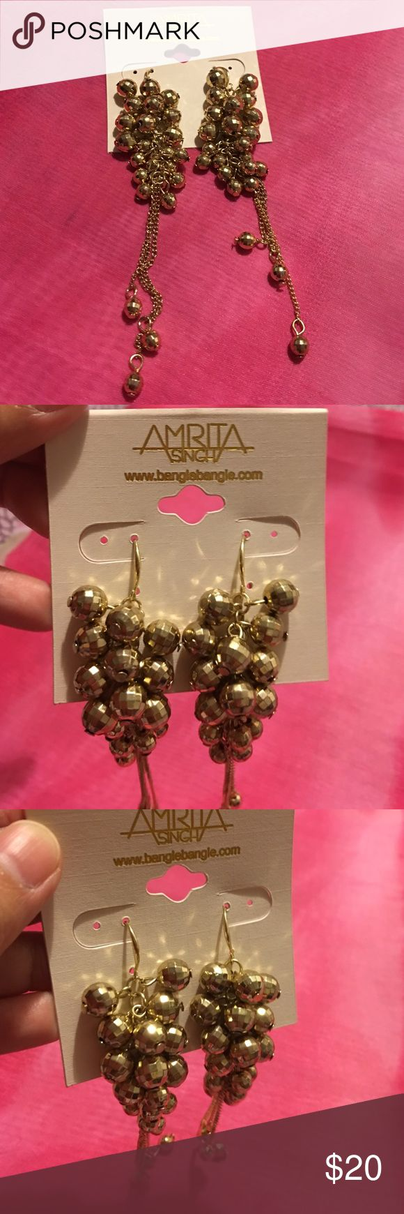 Amrita Singh earrings Charming Gold-tone Amrita Singh Earrings, perfect to wear for parties and special events, very nice quality Amrita Singh Jewelry Earrings