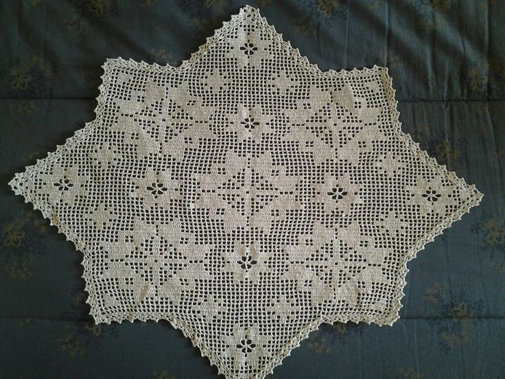 """centrotavola natalizio """"stella"""" in cotone e filo argentato/dorato; filet"""