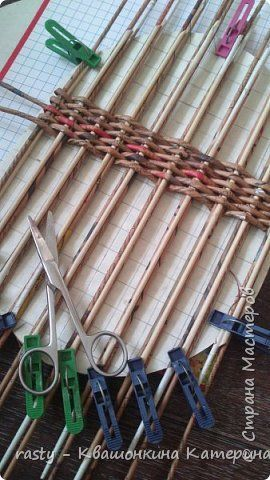 Поделка изделие Плетение Седьмая корзина Огромная Бумага газетная Трубочки бумажные фото 7: