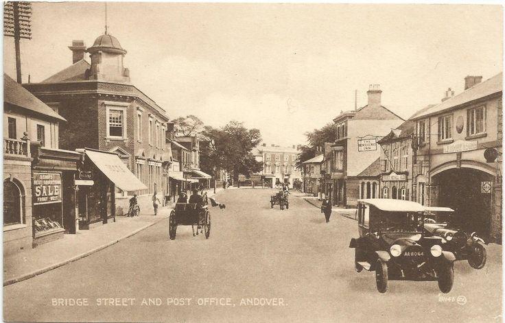 The New Railway Inn (right), Bridge Street, Andover.