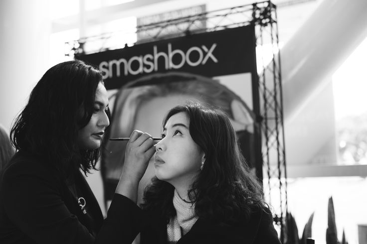 Get your Glam at the #Smashbox Pop up Shop #BeautyHub #nzfw