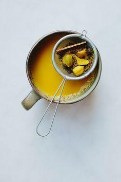 Turmeric + kawakawa chai {vegan} + links | My Darling Lemon Thyme