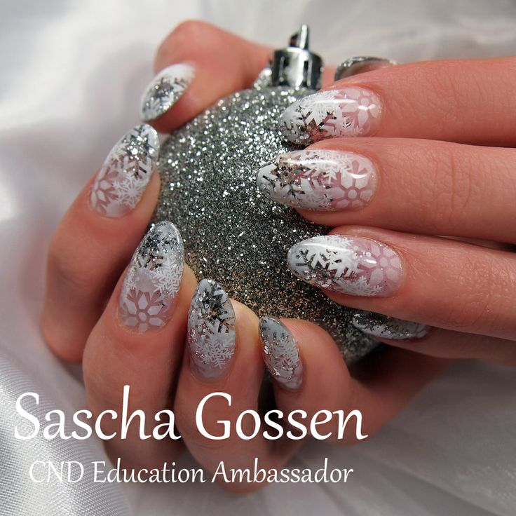 #CND #nails #enhancements #winter #snow #nailart #naildesign #airbrush #Christmas #Christmasnails #winternails