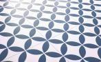 Sol vinyle BUBBLEGUM, carreau ciment bleu, rouleau 4 m | Saint Maclou