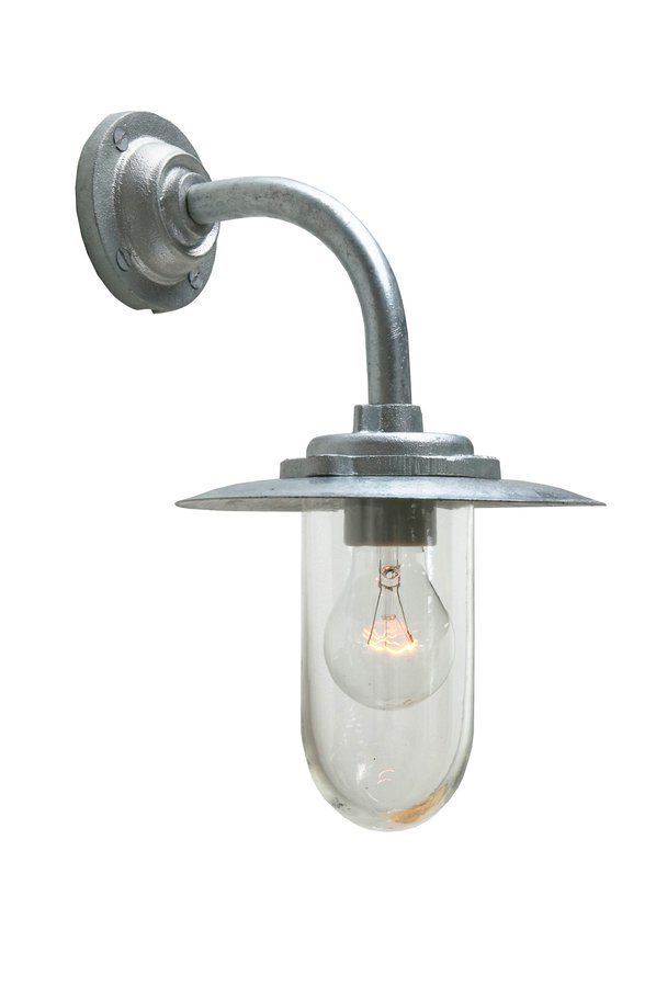 https://ecc.co.nz/lighting/outdoor/wall-mount/traditional/7677-exterior-bracket-light