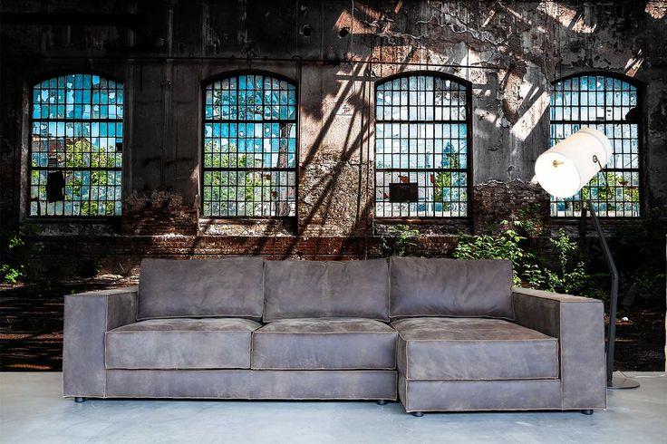 Stoer fotobehang, deze fabrieks ramen geven je interieur een industriële uitstraling en dat is heel strendy. En dat voor maar 14,95 per m2