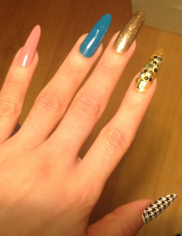 funky nails:)