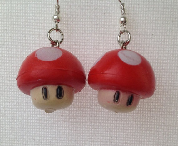 Red Nintendo Mushroom Earrings by Mogglepops on Etsy, €13.99