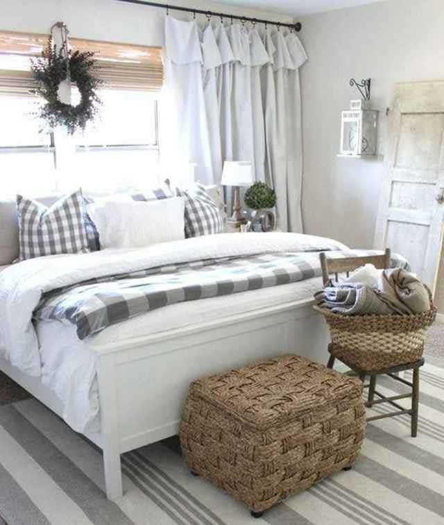 32 Top Small Apartment Decorating Ideas On A Budget 19 Best Home Design Idea Modern Farmhouse Style Bedroom Modern Farmhouse Bedroom Farmhouse Style Bedrooms