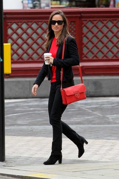 Pippa Middleton Photo - Pippa Middleton Spotted in London