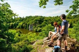(c) Lahntal Tourismus Wandern; Blick auf König Konrad Felsen