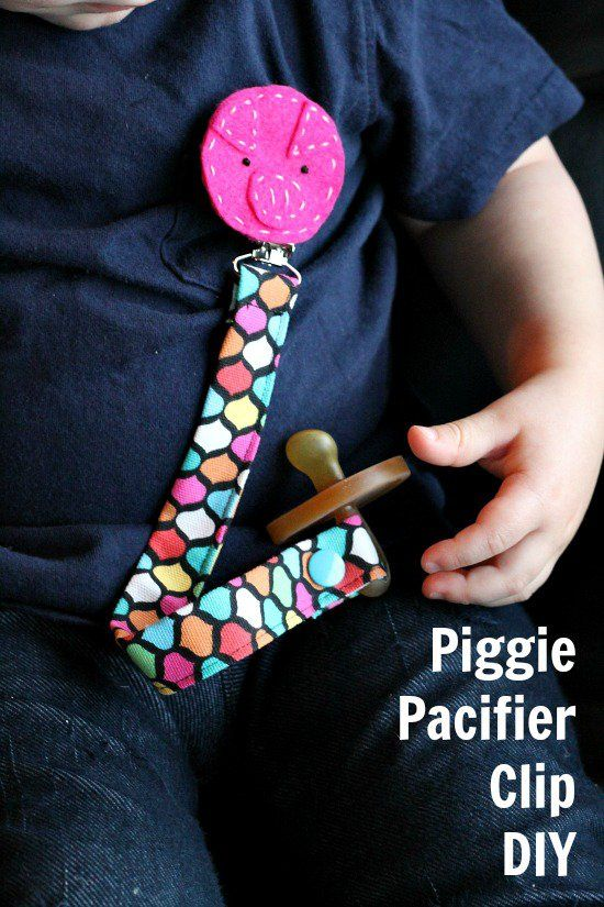 Cute idea to sew a piggie pacifier clip. Be inspired to create your own animal clips using this easy pacifier clip tutorial.