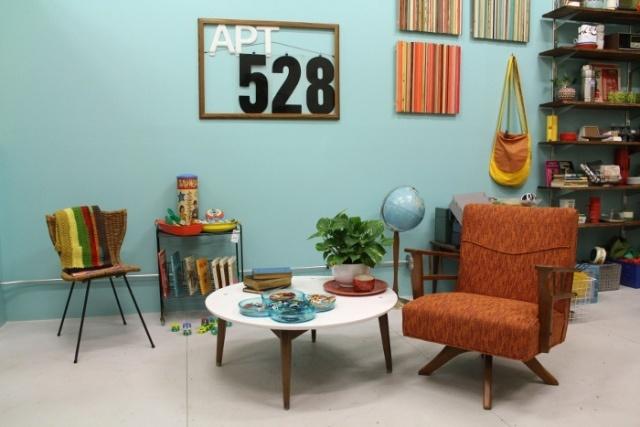 Apartment 528: http://www.apt528.com/: Chairs, Interiors, Apartment 28, Http Www Apt528 Com, Chicago, Apartments, Apartment 528, Ikea