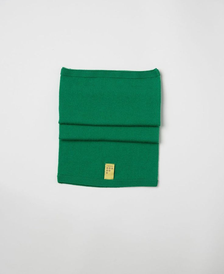 Findra merino green emerald wool snood from The Cycling Store