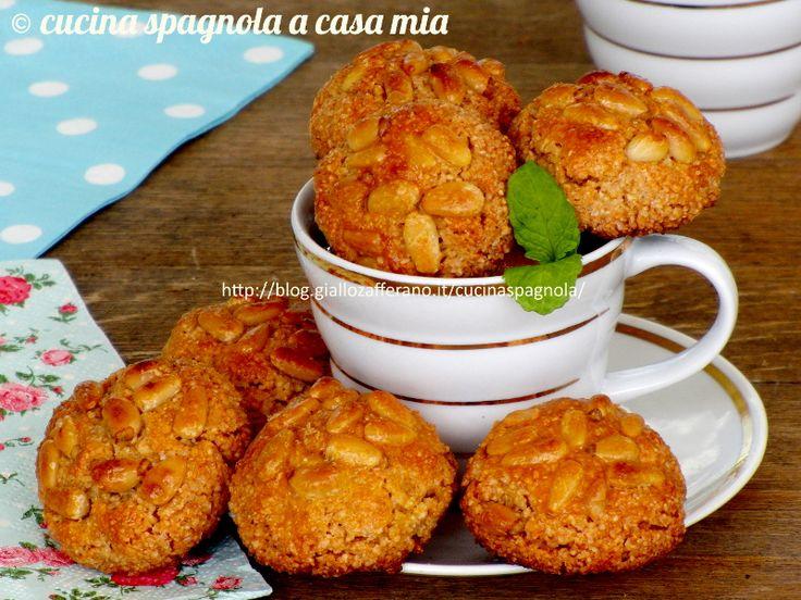 Panellets o empiñonados: ricetta facile passo a passo per fare i biscotti tradizionali spagnoli tipici di Ognissanti (Todos los Santos).