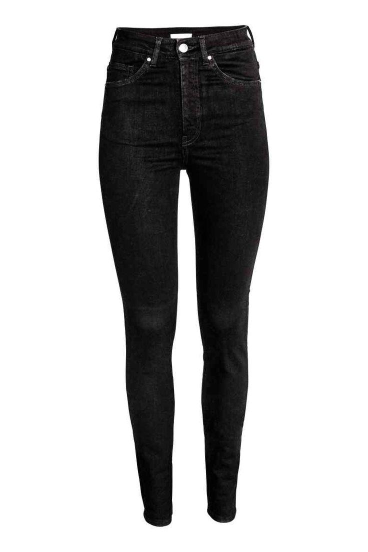 Shaping Skinny High Jeans: Shaping. Dżinsy z 5 kieszeniami ze spranego denimu z technicznym stretchem, który trzyma i modeluje talię, pośladki i uda oraz zachowuje kształt dżinsów. Bardzo wąskie nogawki i wysoka talia.