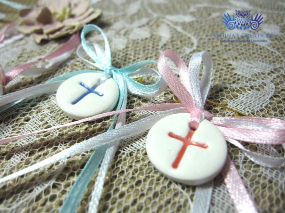 Baptism - Christening Favors - Witness Pins. Handmade round favor made out of polymer clay Suggested ideas: Favors, Pendants, Baby Shower