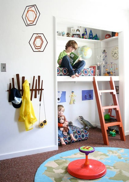 This is what we're thinking of doing with H's closet! Maybe with a slide :) | http://bit.ly/GJRsQy  henrik s room revamp