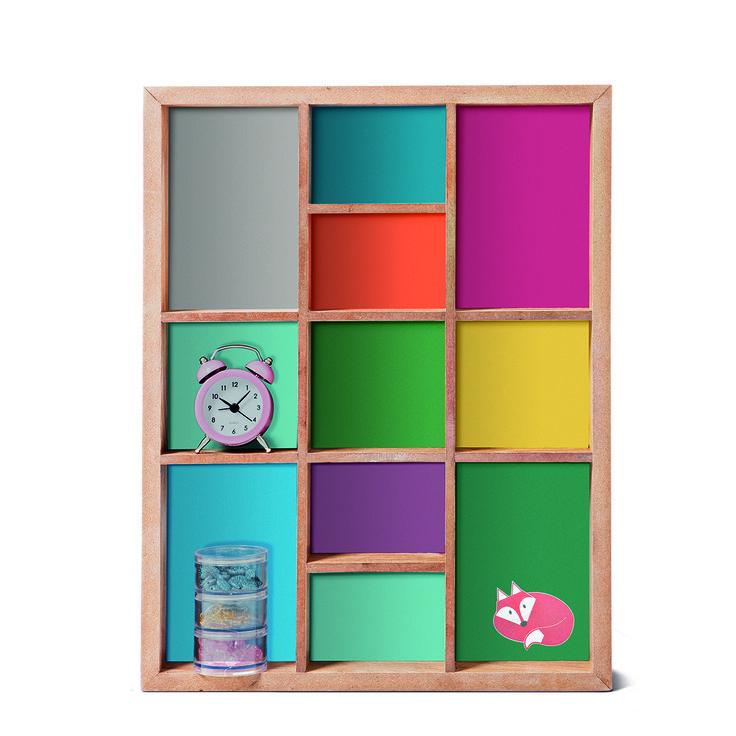 Półka z drewna. Na różniste rozmaitości. #tigerpolska #tigerstore #tigerdesign #tgrdesign #design #gift #prezent #półka #półkazdrewna #kolorowapółka #pokój #room #decoration #dekoracja