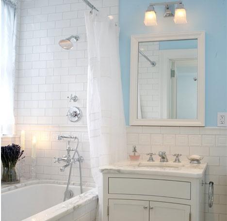 Small bathroom - B Moore Design