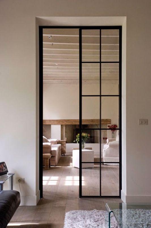 Mooie stalen deuren (liefst tot aan plafond) als trekpleister in huis