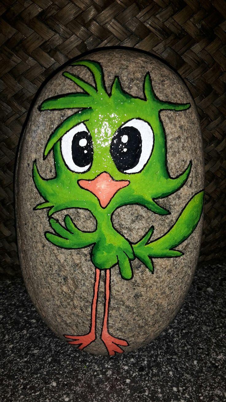 Sjov fugl malet på sten med posca tusser og molotow tusser
