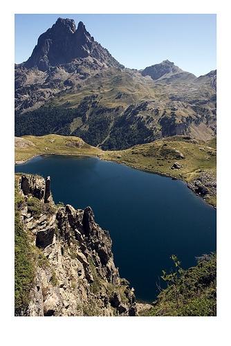lac d'ayous-pic du midi d'ossau-france