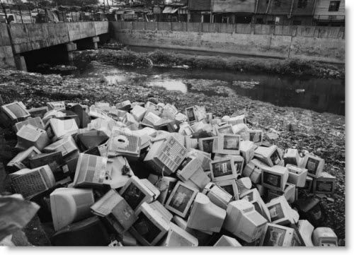 Old computer monitors aren't as recyclable as they once were - what do do with our e-waste