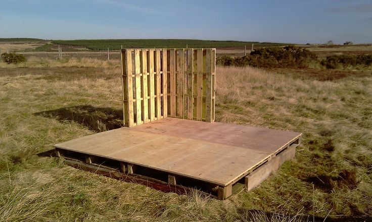 >The pig shelter | THE ECOHOUSE PROJECT